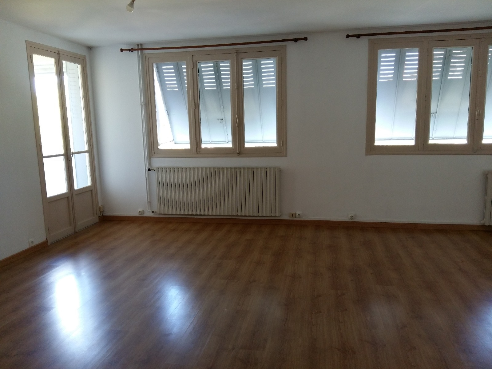 Annonce Location Appartement Privas 07000 59 M 540